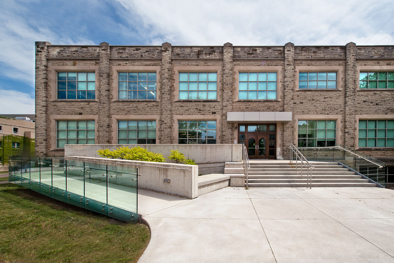 Featured image for Western University Physics & Astronomy Building